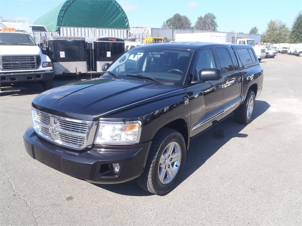 2009 Dodge Dakota SLT Crew Cab 2WD with Canopy