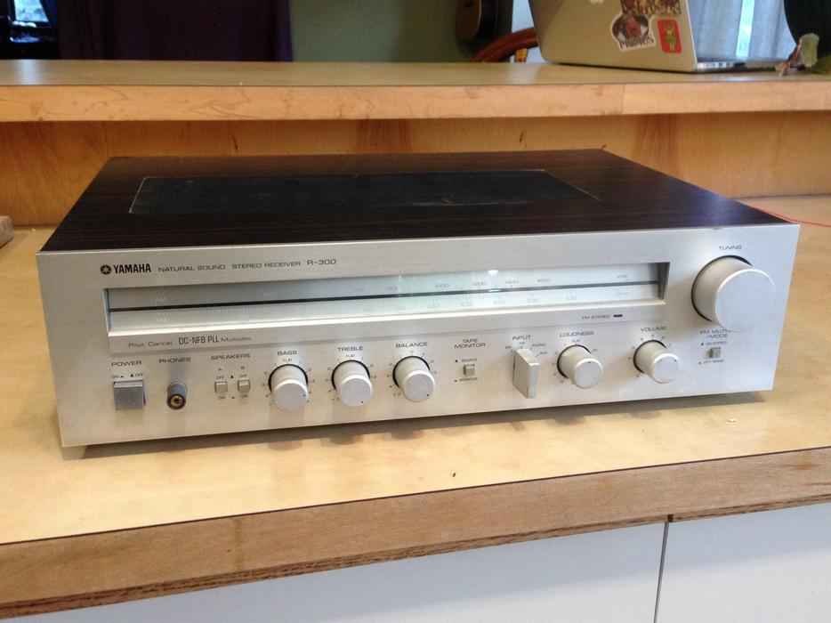 Vintage amp yamaha natural sound r 300 stereo receiver for Yamaha amplifier receiver