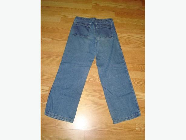 Like New Jeans Woman Size S-M - $4
