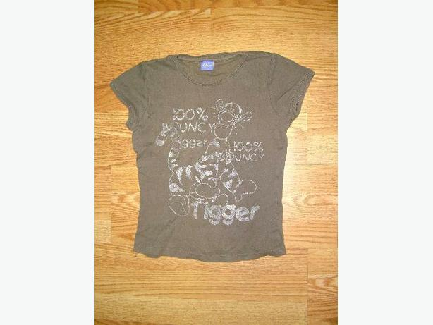 Like New T-Shirt Light Brown Disney Youth Size S - $2