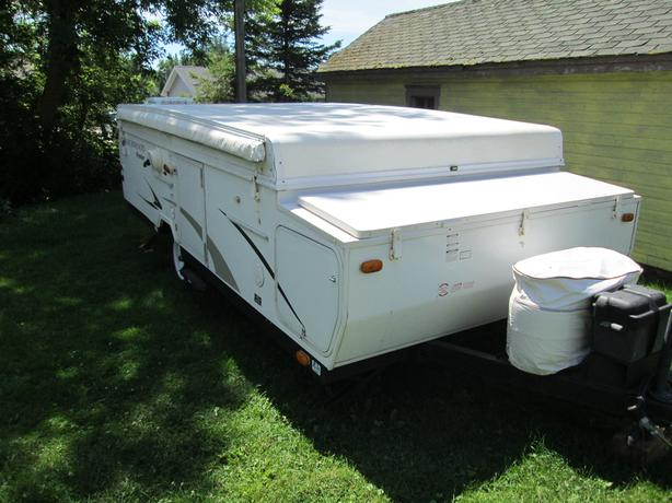 2007 Rockwood Premier Pop-up Camper