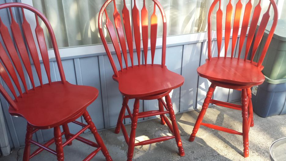 3 Fire Red Wooded Bar Stools Central Nanaimo Parksville