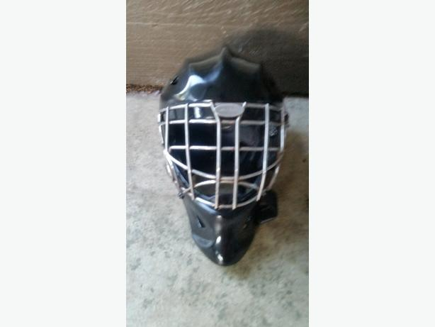 Itech senior goalie mask