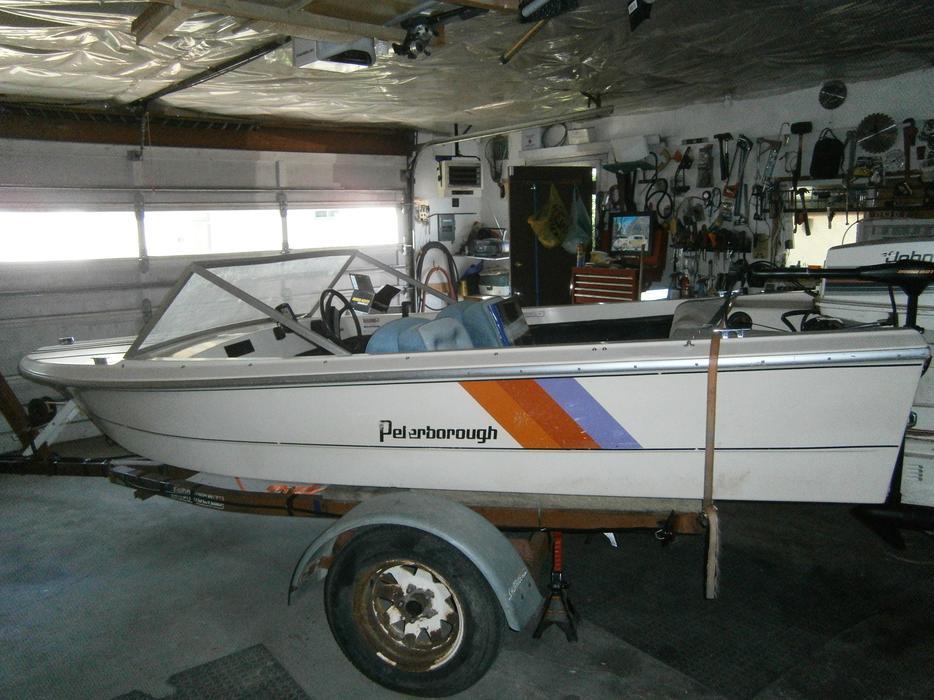 1980 Peterborough 14 5 Ft 60 Hp Motor Fish Finder And