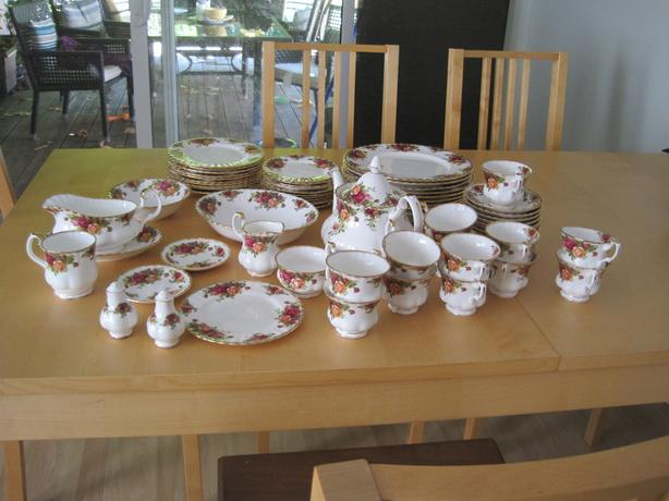 Royal Albert Old Country Roses - 57 piece set - OBO