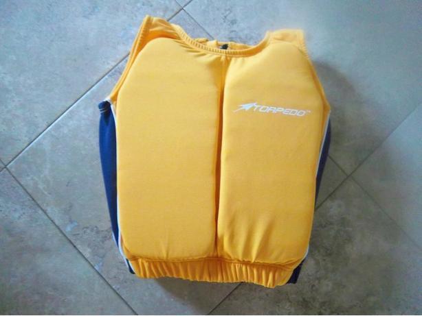 """""""Torpedo"""" life jacket"""