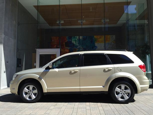 2010 Dodge Journey SXT - ON SALE! - 79,*** KM! - LOCAL! - NO ACCIDENTS!