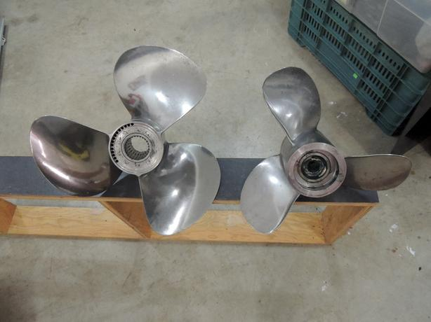 STAINLESS STEEL PROPS