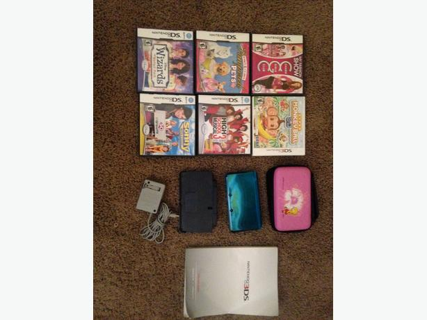 Like new Nintendo 3D DS with games