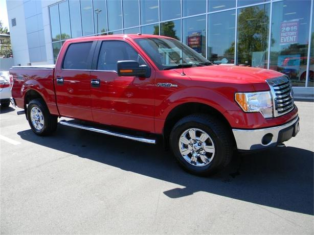 2010 Ford F-150 XLT NO ACCIDENTS ONE OWNER