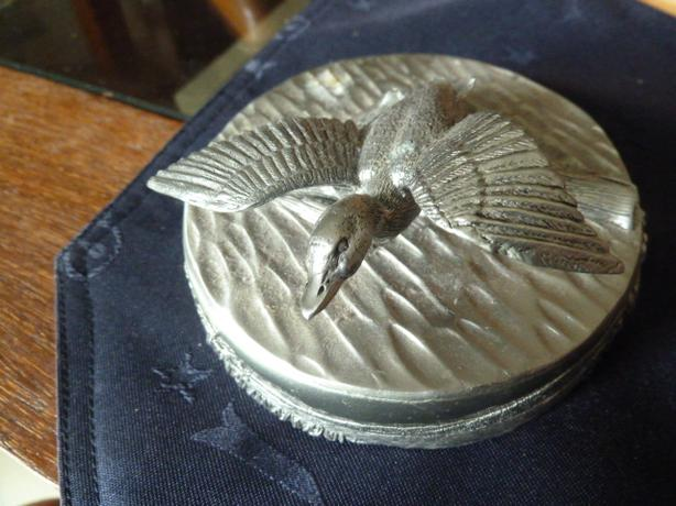 NEW Pewter coasters stored in a Decorative pewter case