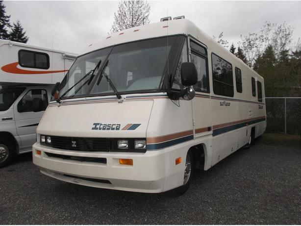 1989 Winnebago Itasca Sun Flyer 31RQ