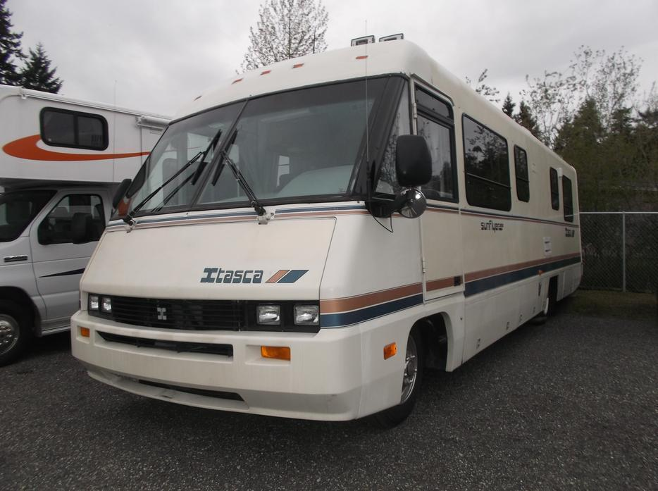 Innovative Whenever Time And Work Permitted, We Prowled And Fished The Spectacular Islands, Backwaters, Harbors And Inlets Of Puget Sound, Vancouver Island, The Lower San Juan  Our Next Move Was To A 1980s Vintage Winnebago Elanden Low