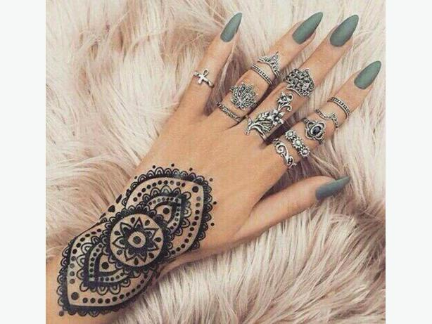 Henna Tattoos kits and Body Jewelry