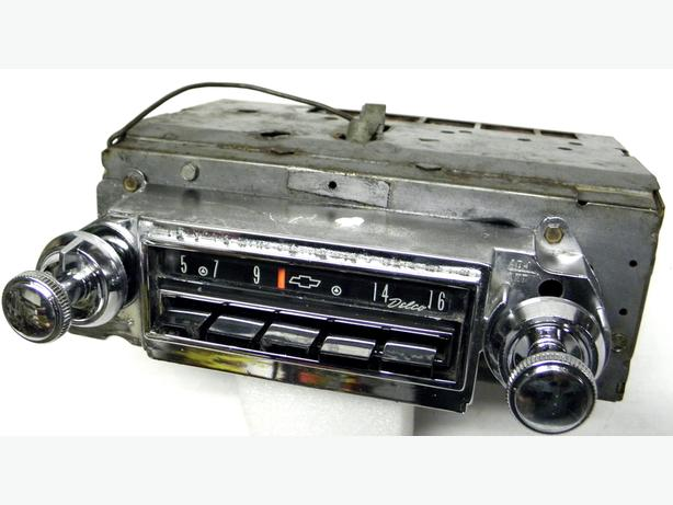 1964 1963 64 Chevy Impala SS Delco AM Radio 985876