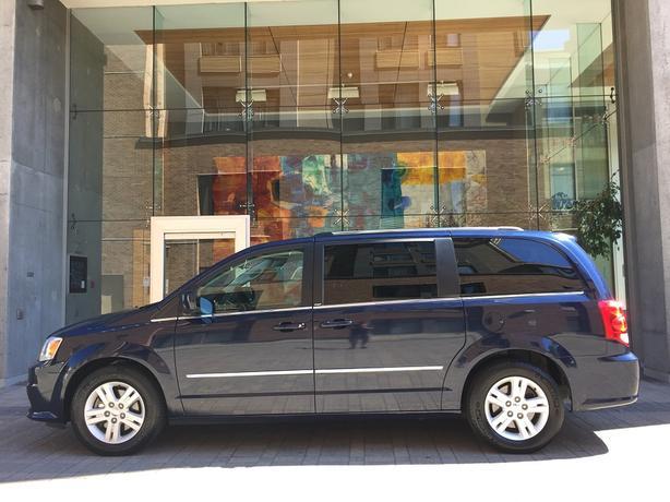 2013 Dodge Grand Caravan Crew - STOW 'N GO! - NO ACCIDENTS!