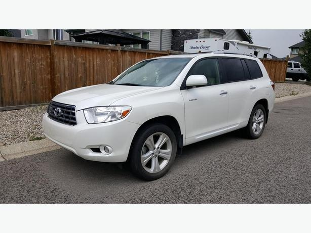 2010 Toyota Highlander Limited (Blizzard Pearl - White Colour)