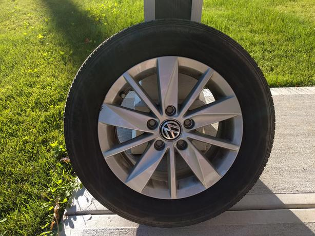 Set of 4 all season tire and wheels