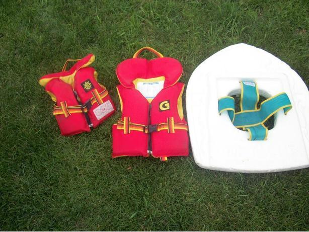 Child life vest and pool floats