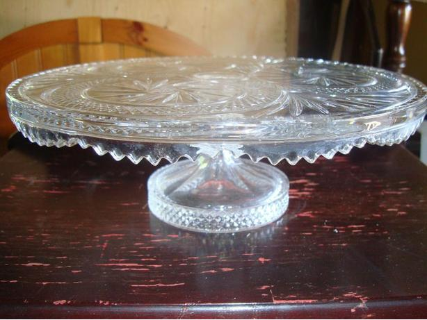 Mint condition Fisher 'pinwheel design' Crystal Elevated Platter - $60