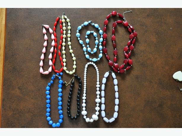 Fashion jewelery, case, & watches lot