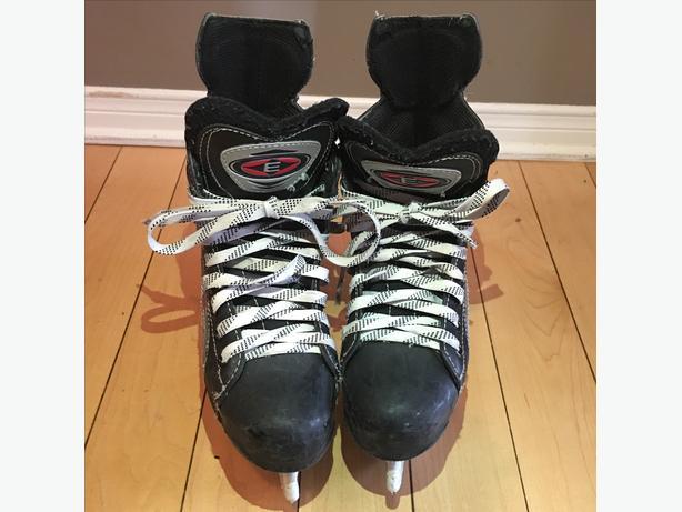 Easton Skates - size 3