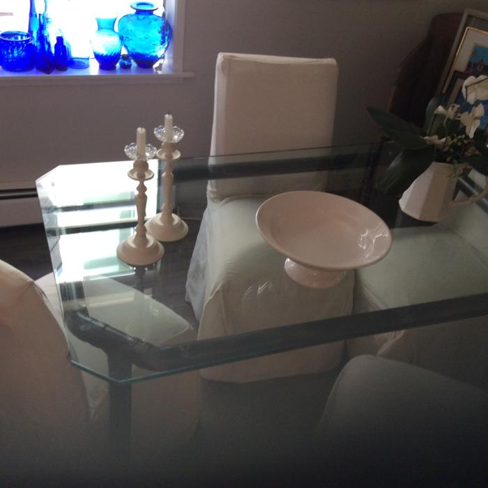 36x60 glass dining room table victoria city victoria for Dining room tables kelowna