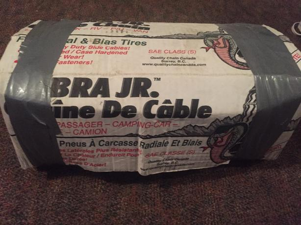 CHAINS cobra jr. (Never Been Used)