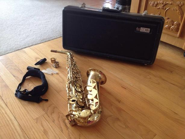 Alto Saxophone - perfect for school band student
