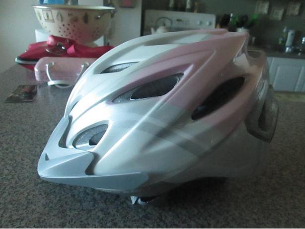 Womens Bell Bicycle Helmet