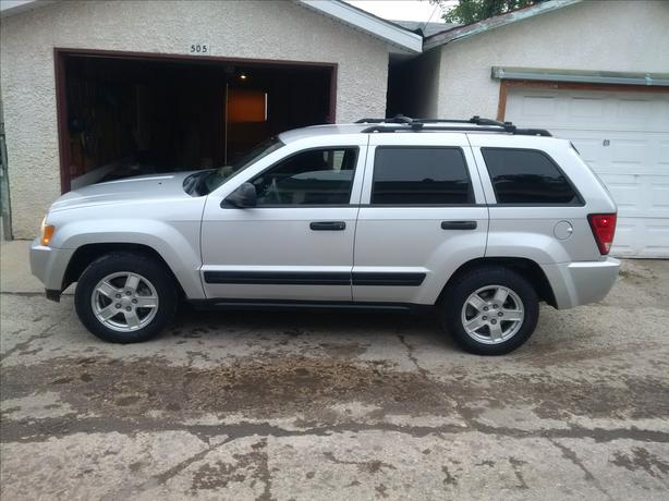 2005 Jeep Cherokee Low Kms Pristine Condition