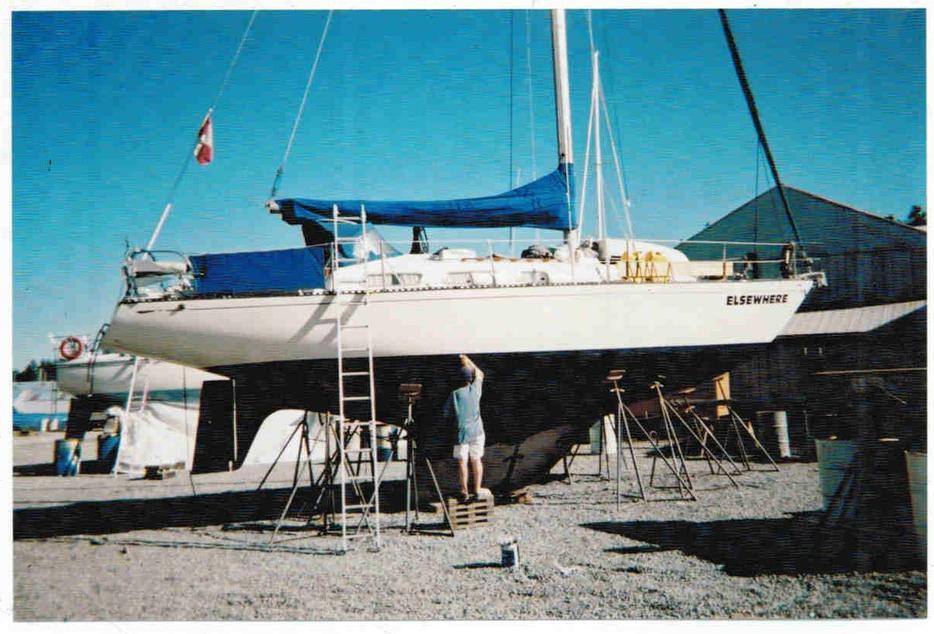1981 hughes 38 3 esquimalt view royal victoria for Royal terrace quarry bay