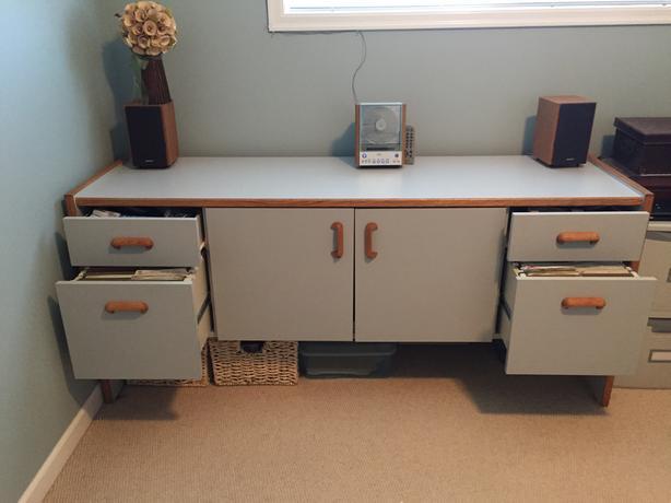 Desk, Credenza & Chair set