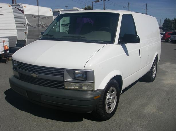 2003 chevrolet astro cargo van 2wd outside comox valley courtenay comox. Black Bedroom Furniture Sets. Home Design Ideas
