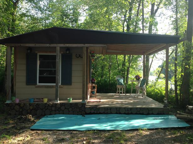 Guest cottage / play house