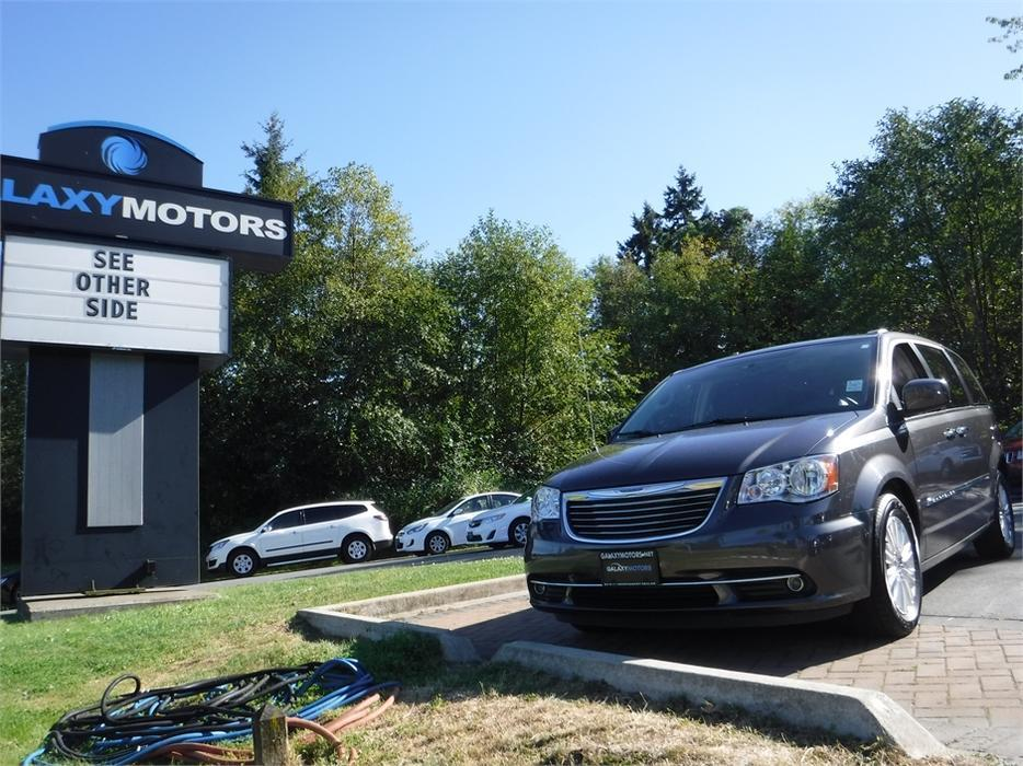 2015 Chrysler Town Amp Country Premium Leather Navigation