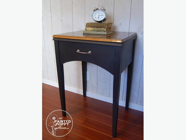 Timeless Topped Occasional Table with Modern Flair