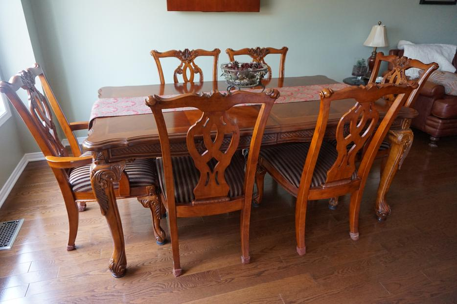 solid wood formal dining set with 8 chairs orleans ottawa