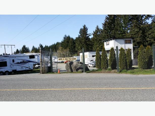 RV Storage and Towing