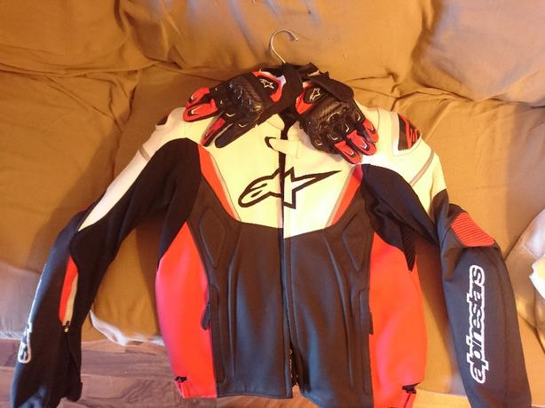 mens M Alpinestars leather jacket + gloves
