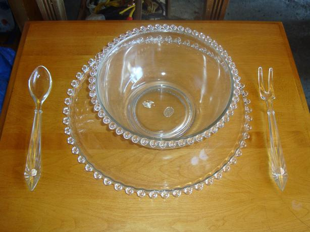 Like New 4-piece Glassware Serving Set - $25