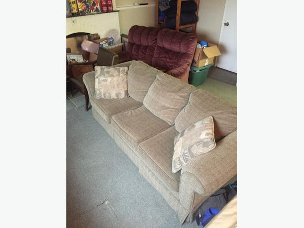 Couch Hide A Bed For Sale Rural Regina Regina Mobile