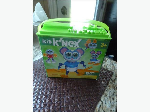 NEW Kid Kinex  Panda Pals Building Set