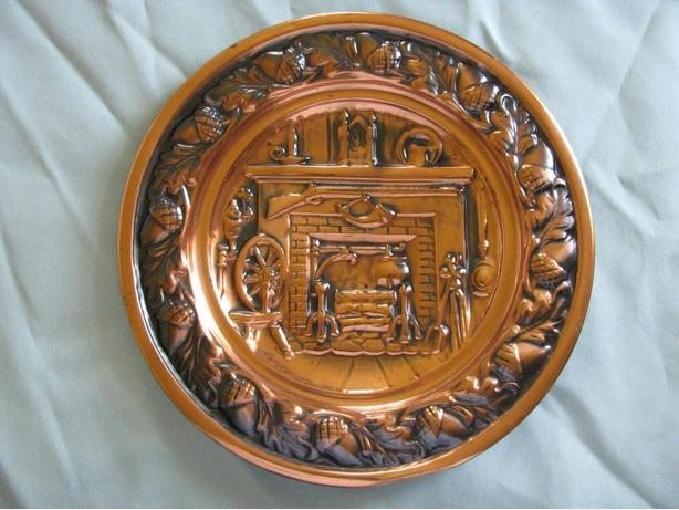 Vintage Collectible Solid Copper Decorative Plate Wall Plaque