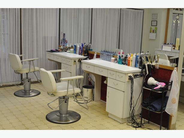 Owners Retiring - Established Hair Salon for sale in Downtown Regina