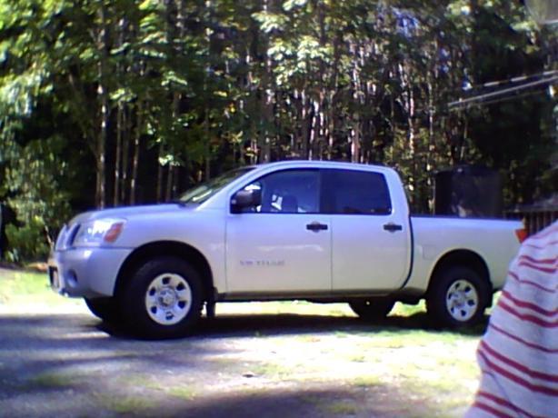 2007 Titan 4 door 4x4