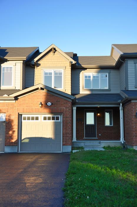3 BEDROOM TOWNHOME IN AVALON Orleans, Ottawa
