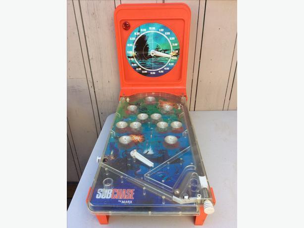 Vintage Marx Tabletop Pinball Game