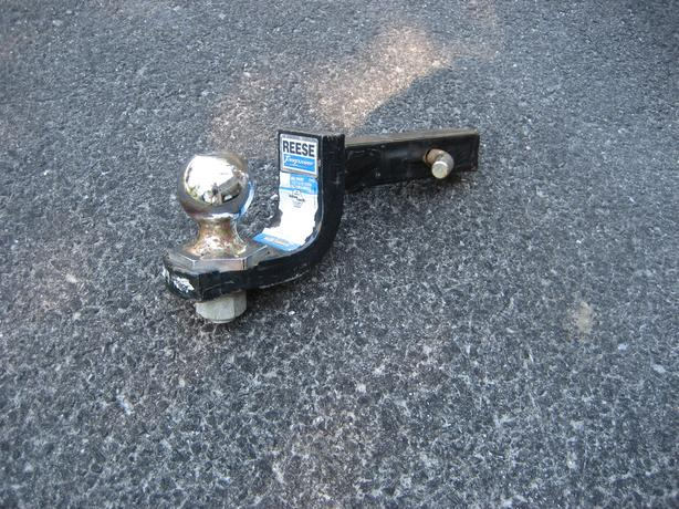 "Reese 1 1/4"" Tow bar with 1 7/8"" Ball"