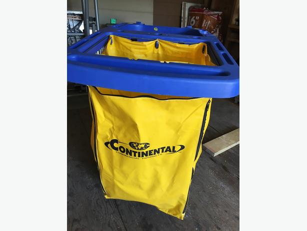Janitorial cart Continental